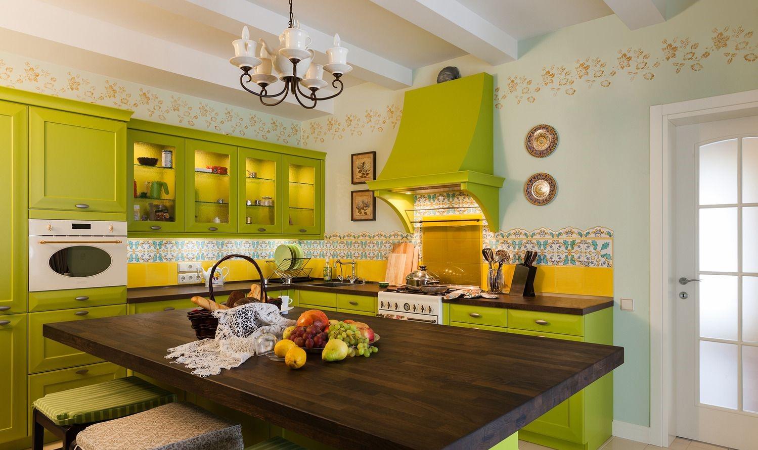 поняла, фото кухни комнаты дизайн с яркими обоями все, кто