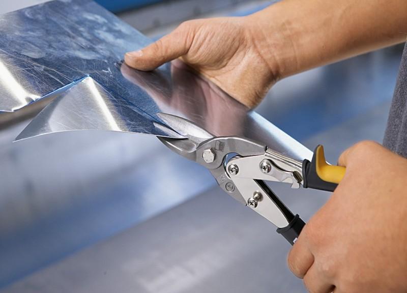 Выбираем ручные ножницы по металлу