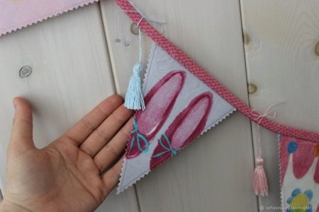 Гирлянда из флажков: как сделать украшение из ткани своими руками? Размеры бумажных украшений для улицы