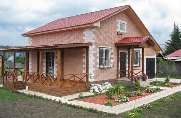 Облицованный дом из керамзитоблоков