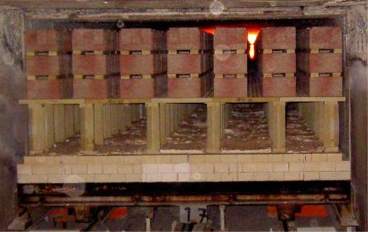 Обжиг кирпича на заводе