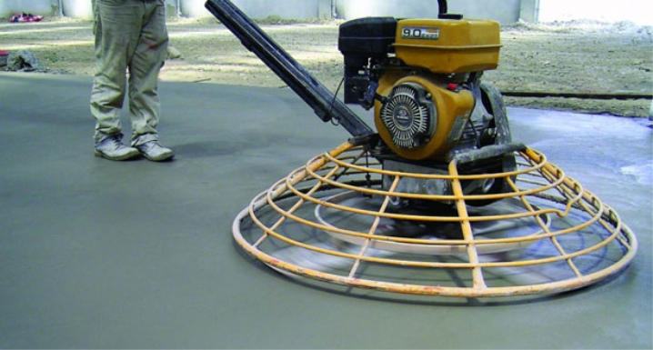 Железнение бетона сухим методом