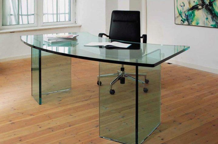 Стекло триплекс поверхность покрывается особенной пленкой столешница компьютерного стола купить стол из искуственного камня Автозаводская (14 линия)