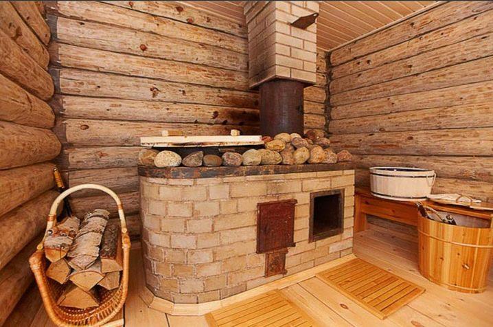 Кирпичная печь для бани с топкой из предбанника — особенности установки