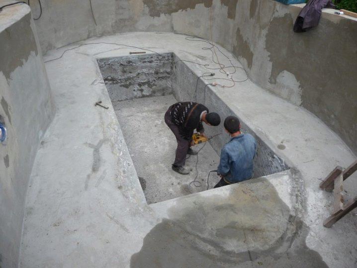Дома с баней и бассейном внутри