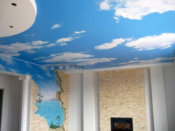потолок как небо