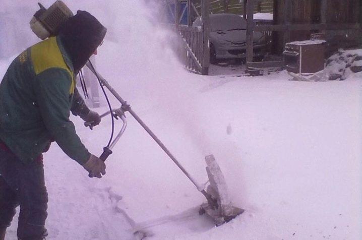 Лопата со шнеком для уборки снега forte qi-jy-50